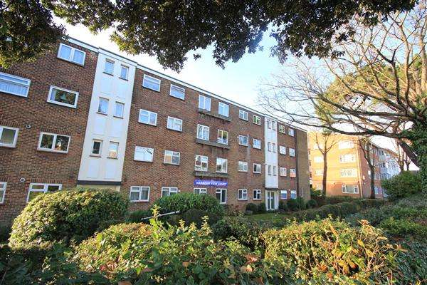 2 Bedrooms Apartment Flat for sale in Harbour View Court, 539A Ashley Road, Poole
