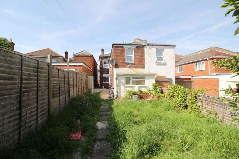 2 Bedrooms Flat for sale in Burgess Road, Southampton, SO16
