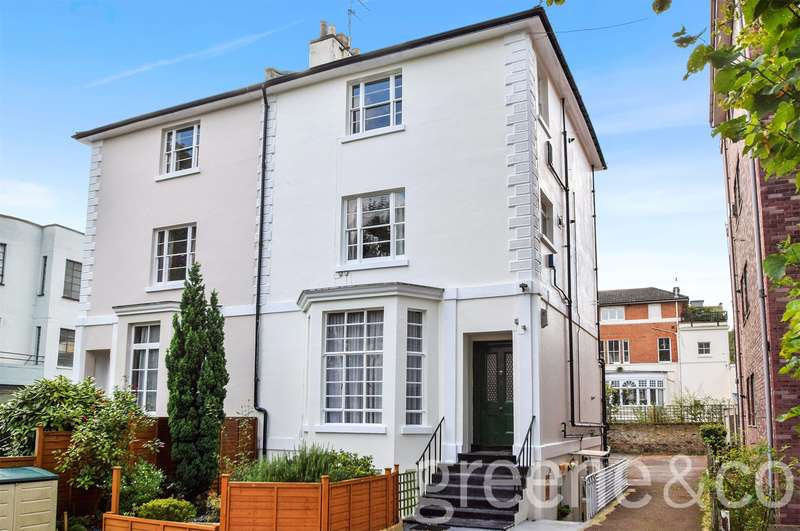 1 Bedroom Flat for sale in Swains Lane, Highgate, London, N6