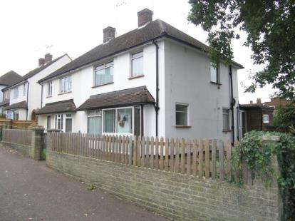 Semi Detached House for sale in Loughton, Essex