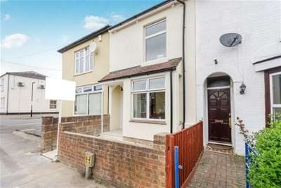 5 Bedrooms House for rent in Padwell Road, Southampton