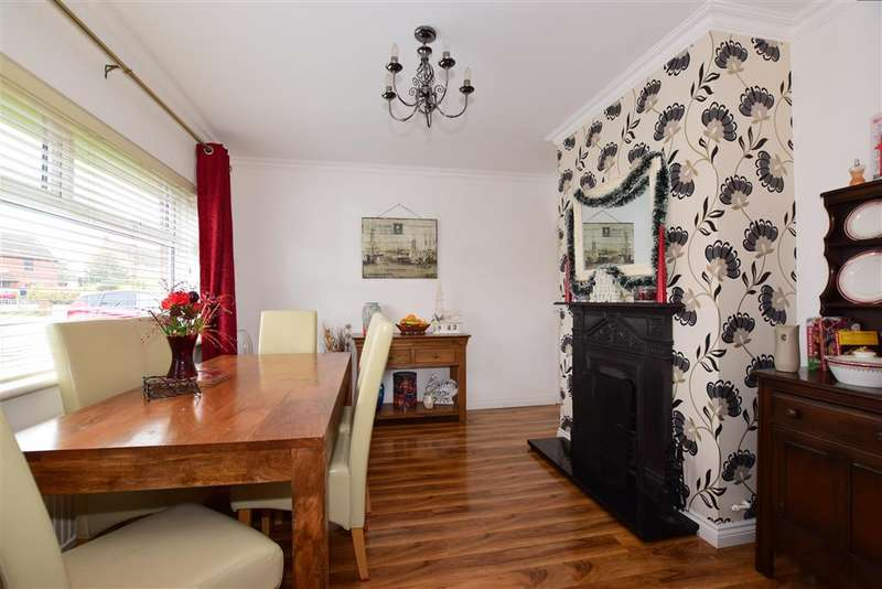 3 Bedrooms Semi Detached House for sale in Bells Lane, Hoo, Rochester, Kent