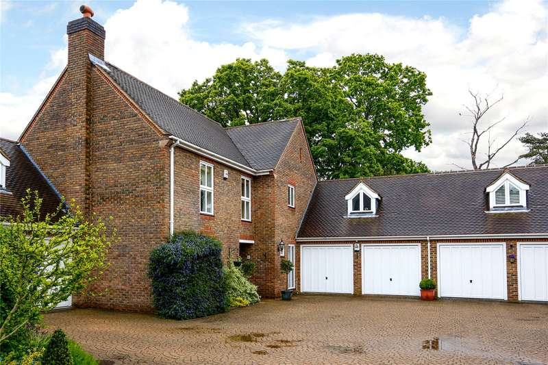 4 Bedrooms Detached House for sale in Paget Place, Warren Road, Coombe Hill Estate, KT2