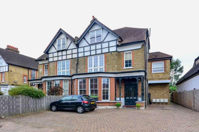 2 Bedrooms Flat for sale in Lennard Road, Penge, BR3
