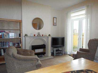 4 Bedrooms End Of Terrace House for sale in Church Road, Thornton-Cleveleys, FY5