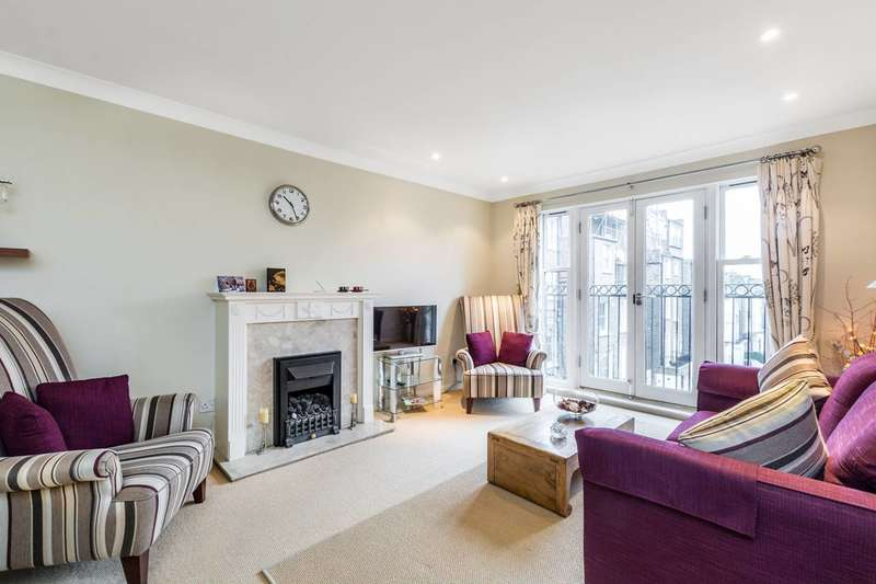 3 Bedrooms Flat for sale in St Lukes Road, Notting Hill, W11