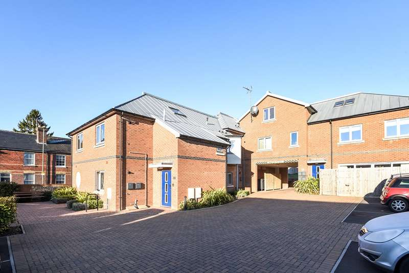 1 Bedroom Apartment Flat for sale in Bar End Road, Winchester, SO23