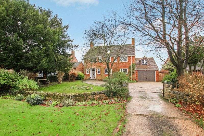 6 Bedrooms Detached House for sale in Chalkshire Road, Butlers Cross, Buckinghamshire