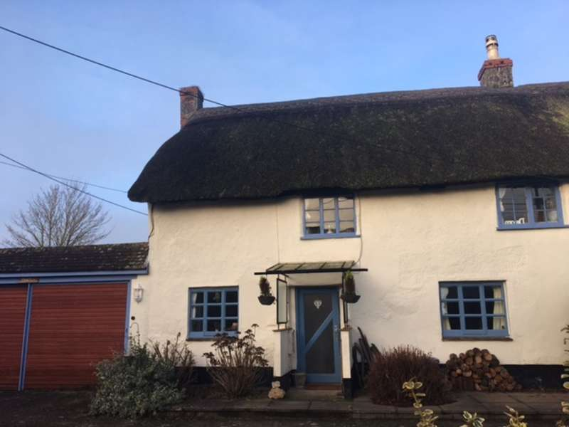 2 Bedrooms Cottage House for sale in Colestocks, Honiton