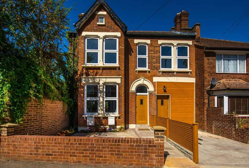 3 Bedrooms Flat for sale in Vancouver Road, Forest Hill, SE23