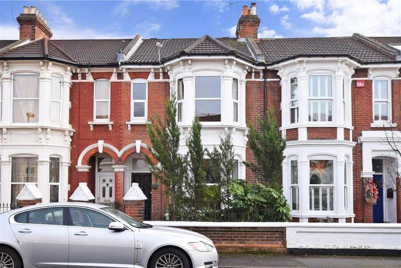 3 Bedrooms Terraced House for sale in St. Davids Road, Southsea, Hampshire