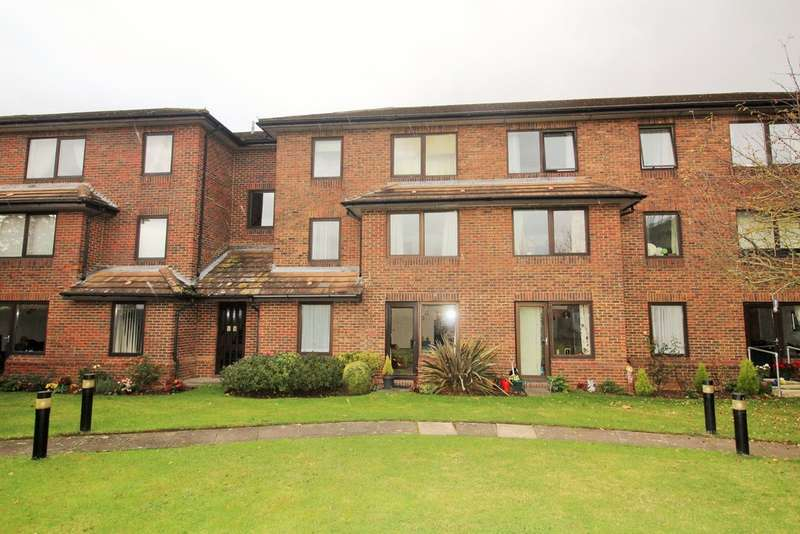 1 Bedroom Flat for sale in Homenene House, Orton Goldhay, Peterborough, PE2 5PP