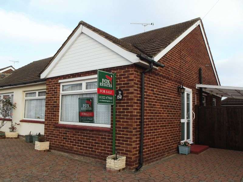 2 Bedrooms Semi Detached Bungalow for sale in Chestnut Grove, Dartford