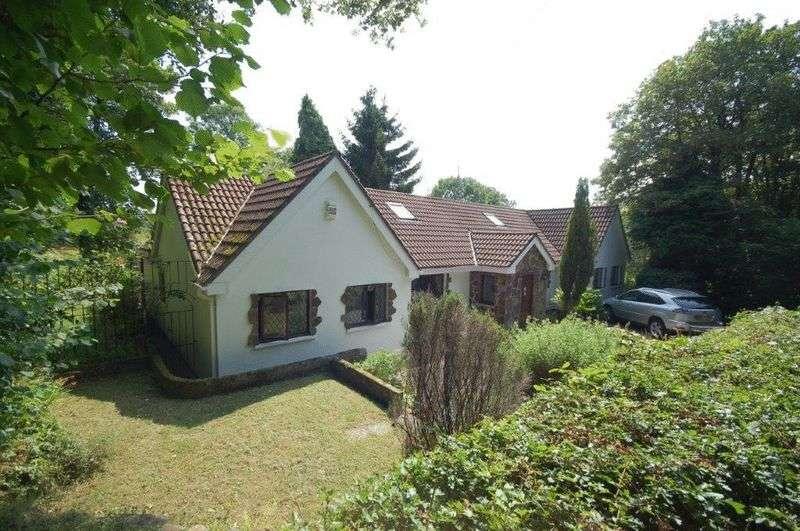 5 Bedrooms Detached Bungalow for sale in The Mill, Heol Y Felin, Heol-y-Cyw, Bridgend, CF35 6LE