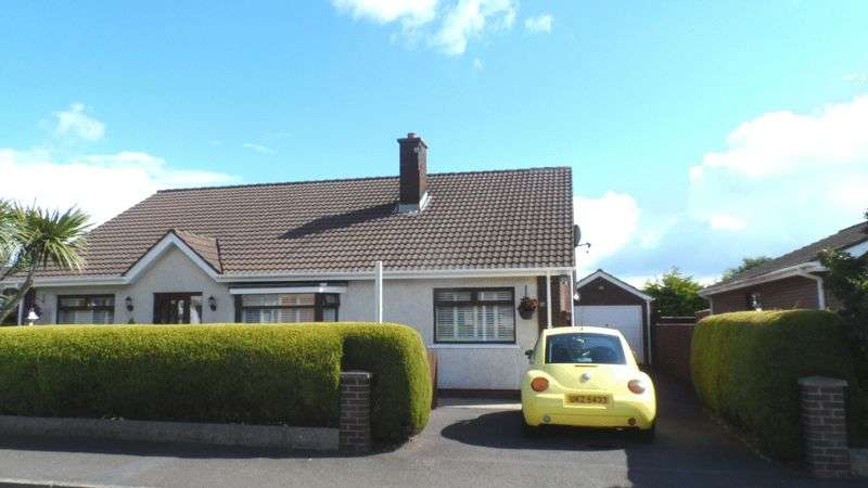 5 Bedrooms Detached Bungalow for sale in Selby Road, Carrickfergus