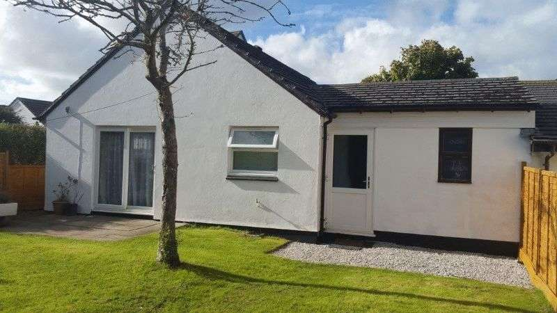 3 Bedrooms Bungalow for sale in Stunning Bunglow in Crellow Fields, Truro
