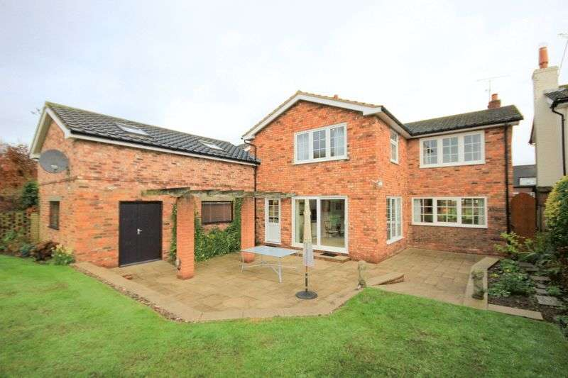 4 Bedrooms Detached House for sale in Aston Lane, Aston, Stone
