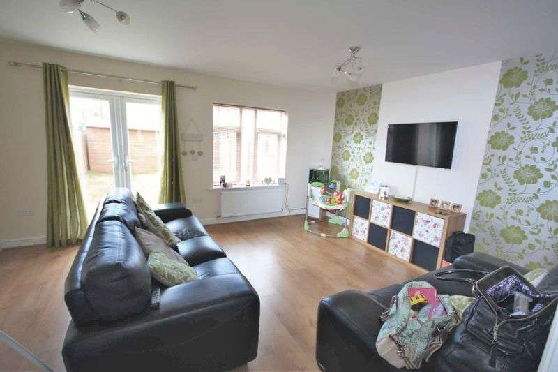 2 Bedrooms Terraced House for sale in Waverton Gardens, Redcar