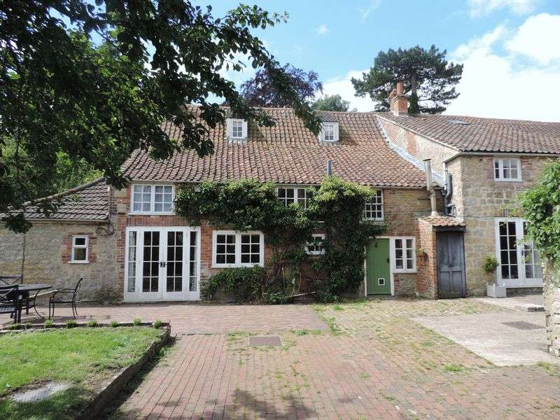6 Bedrooms Detached House for sale in Hisomley Farm House, Dilton Marsh