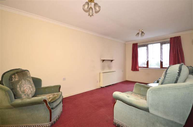 1 Bedroom Flat for sale in Kings Road, Brentwood, Essex