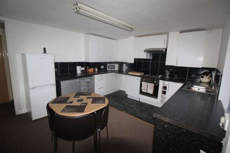 3 Bedrooms Property for sale in Newman Road, SHEFFIELD, S9