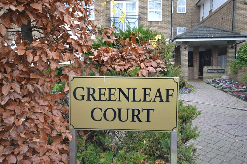 2 Bedrooms Apartment Flat for sale in Greenleaf Court, 17 Oakleigh Park North, London, N20
