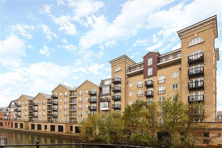 4 Bedrooms Apartment Flat for sale in Riverside House, Fobney Street, Reading, RG1