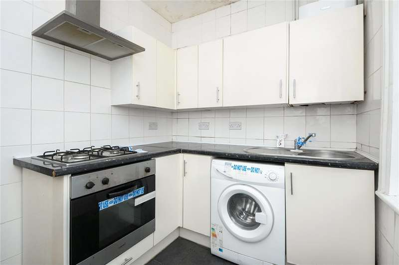 2 Bedrooms Apartment Flat for sale in Greenhill Way, Harrow, Middlesex, HA1
