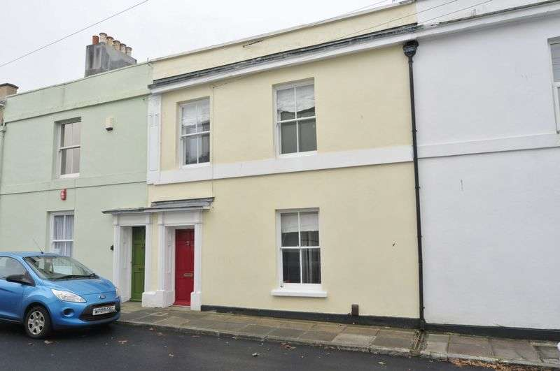 4 Bedrooms Terraced House for sale in Somerset Place, Plymouth. 4 bedroom Victorian family home.