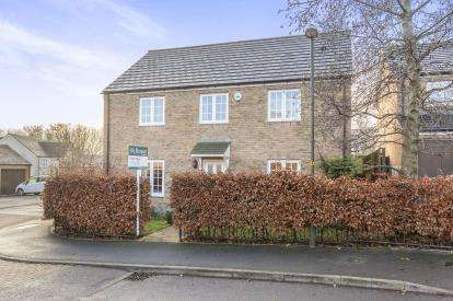 5 Bedrooms Detached House for sale in Wyndham Way, Winchcombe, Cheltenham, Gloucestershire