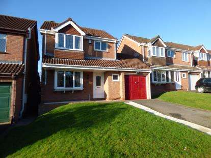 3 Bedrooms Detached House for sale in Owens Way, Cradley Heath, West Midlands