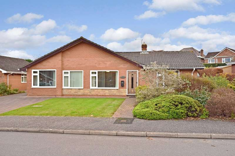 4 Bedrooms Bungalow for sale in Westclyst, Exeter, Devon