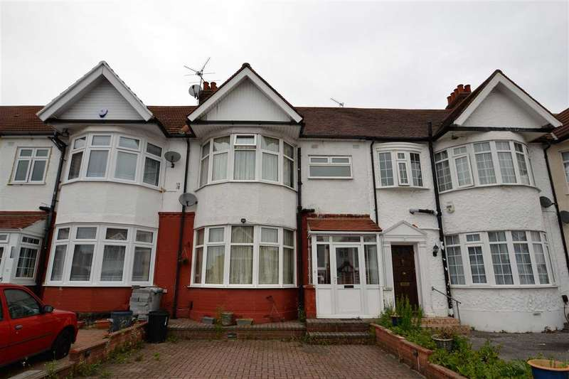 3 Bedrooms Terraced House for sale in Vaughan Gardens, The Drive, Ilford