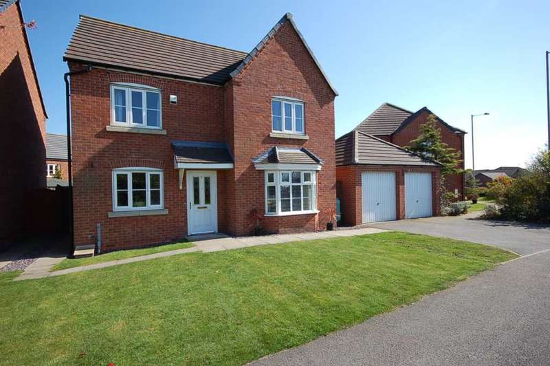 4 Bedrooms Detached House for sale in Green Bank, Wesham