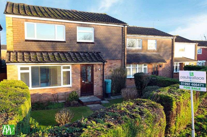 4 Bedrooms Detached House for sale in Lyttons Way, Hoddesdon