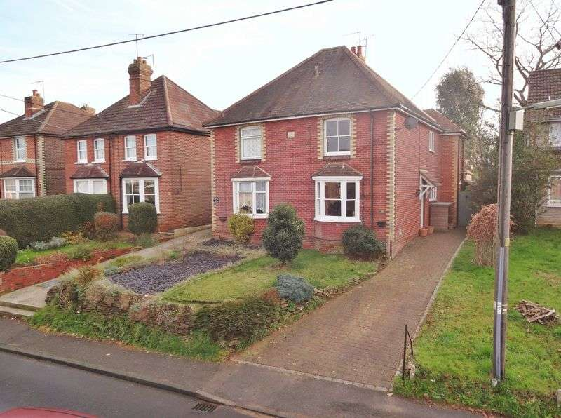 3 Bedrooms Semi Detached House for sale in Upper Manor Road, Godalming