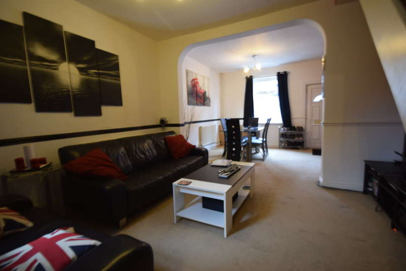 2 Bedrooms Terraced House for sale in Madeley Street Silverdale Newcastle