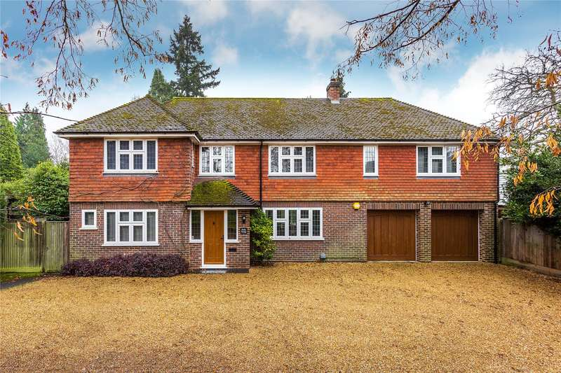 5 Bedrooms Detached House for sale in St Johns Hill Road, Woking, Surrey, GU21