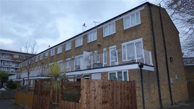 3 Bedrooms Property for sale in Lucey Way, London