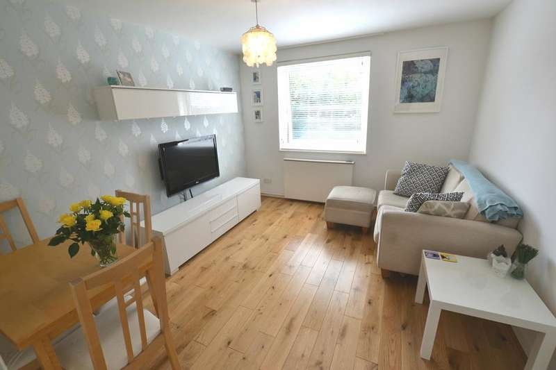 1 Bedroom Flat for sale in Pasley Close, Pasley Close, London SE17