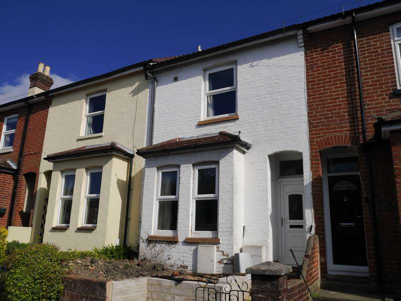 4 Bedrooms Terraced House for sale in Mortimer Road, Woolston