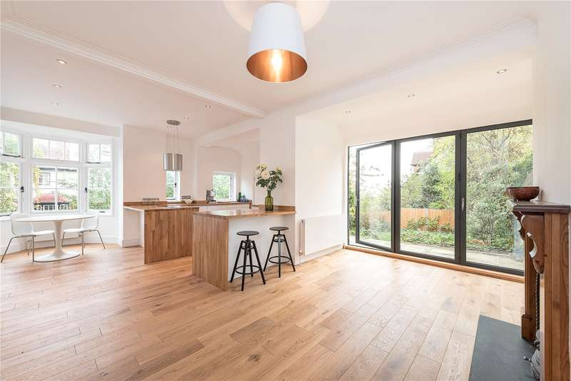4 Bedrooms Terraced House for sale in Montenotte Road, Crouch End, London, N8