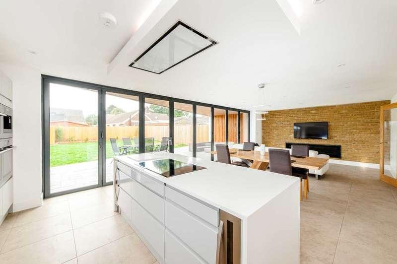 4 Bedrooms Detached House for sale in High Street Green, Hemel Hempstead