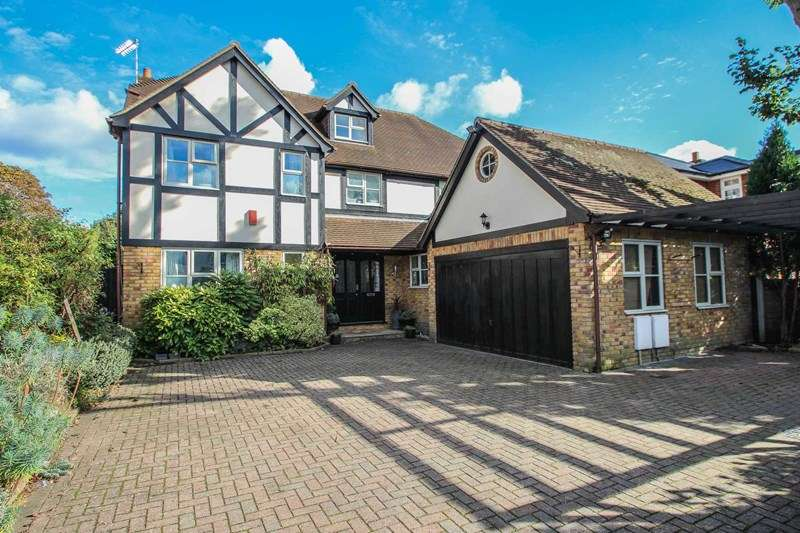 6 Bedrooms Detached House for sale in Gordon Road, Claygate