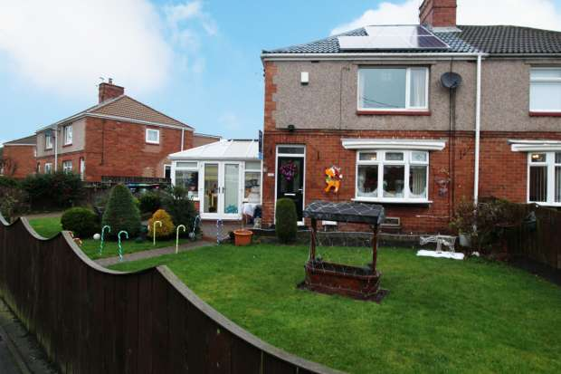 3 Bedrooms Semi Detached House for sale in Burns Road, Chilton, Durham, DL17 0JF