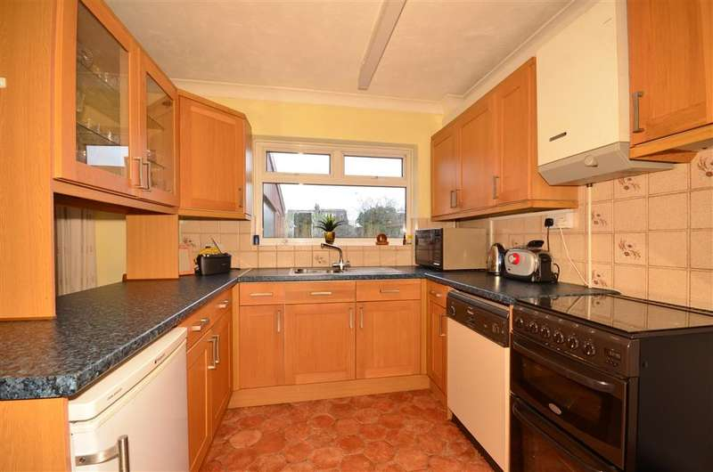 3 Bedrooms Semi Detached House for sale in Woodman Road, Warley, Brentwood, Essex