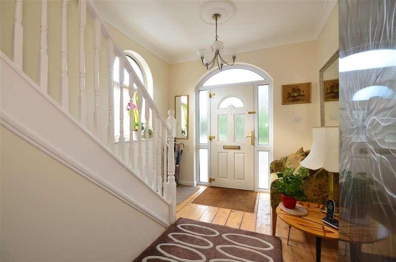 3 Bedrooms End Of Terrace House for sale in Sea Road, Felpham, Bognor Regis, West Sussex