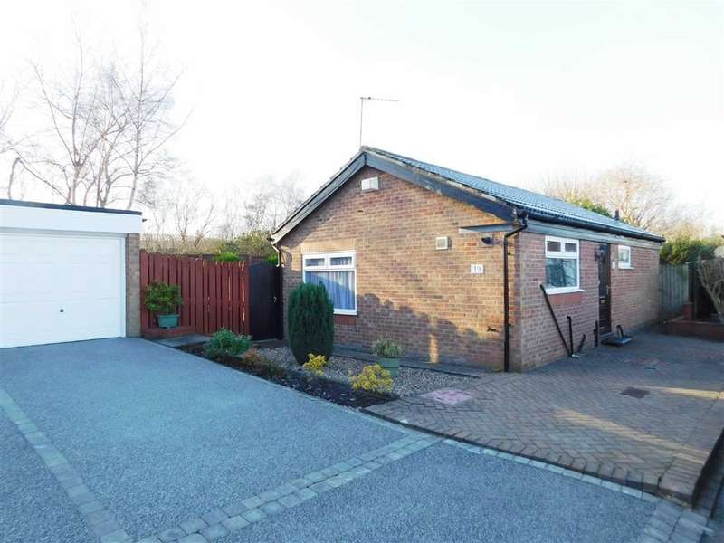 2 Bedrooms Property for sale in Lowick Green, Woodley, Stockport