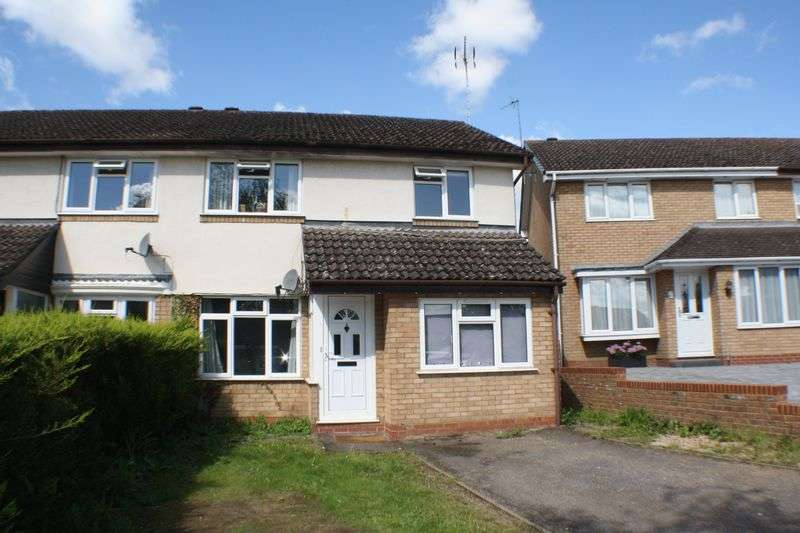 3 Bedrooms Semi Detached House for sale in Shackleton Way, Woodley Airfield