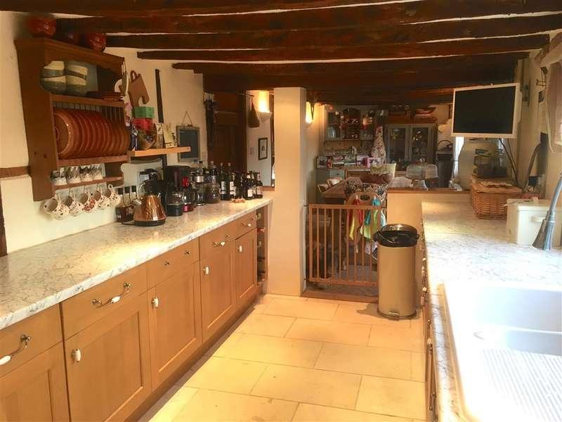 3 Bedrooms Semi Detached House for sale in Sack Lane, Bognor Regis, West Sussex